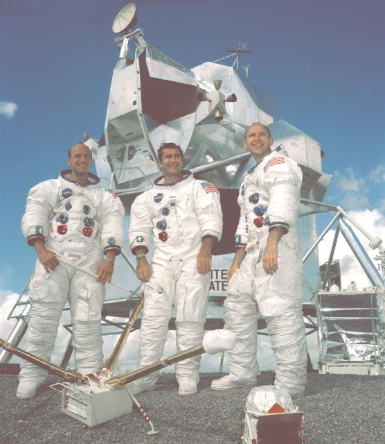 Apollo 12, NASA, Mėnulis