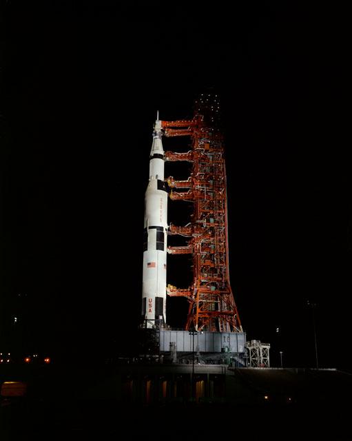 Apollo 13 launch, NASA