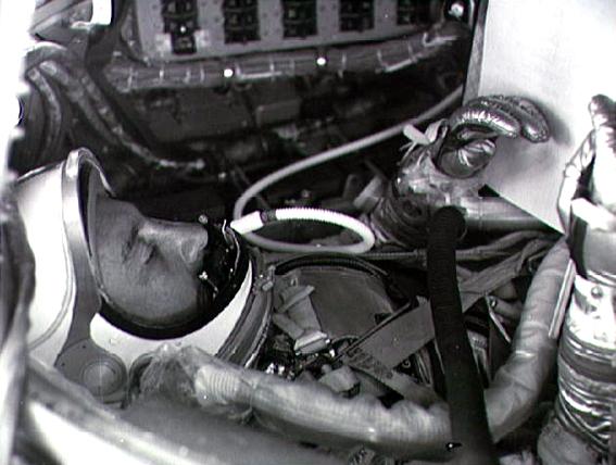 Astronautas Virgil I. Grissom, erdvėlaivyje Mercury Liberty Bell 7 treniruočių metu