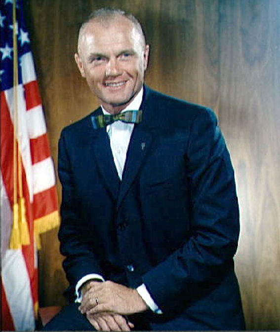 Astronautas John H. Glenn - pirmasis JAV orbitinio skrydžio pilotas