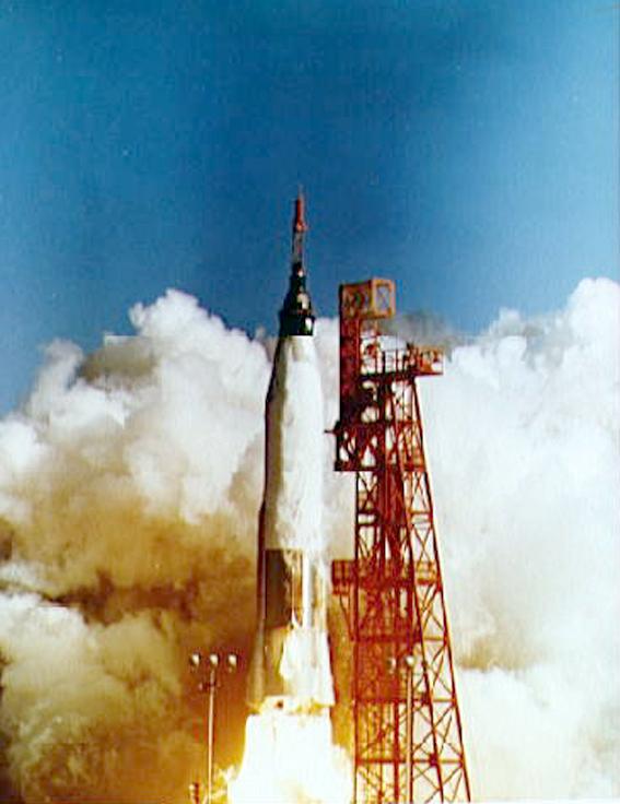MA-6 startas 1962 vasario 20 dieną