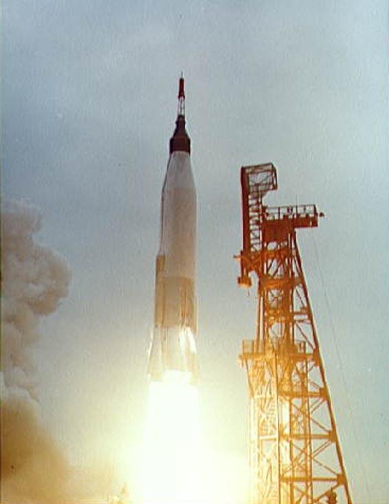 MA-7 startas su astronautu M. Scott Carpenter iš Canaveral iškyšulio
