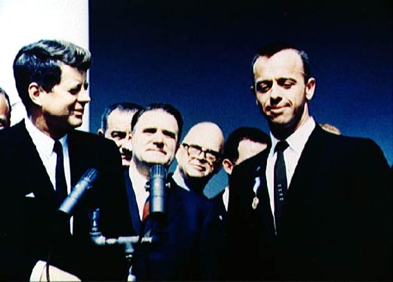 Alan B. Shepard susitikime su JAV prezidentu John F. Kennedy