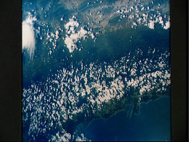 Žemė iš MA-9 kabinos