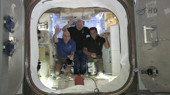 Dragon, SpaceX, TKS