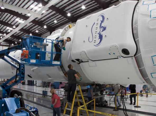 NASA, SpaceX, Dragon